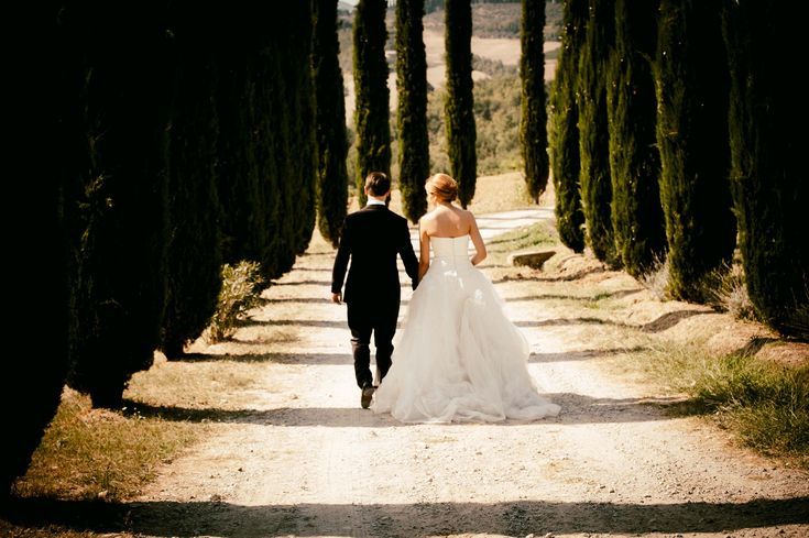 Romantic wedding photography in Tuscany
