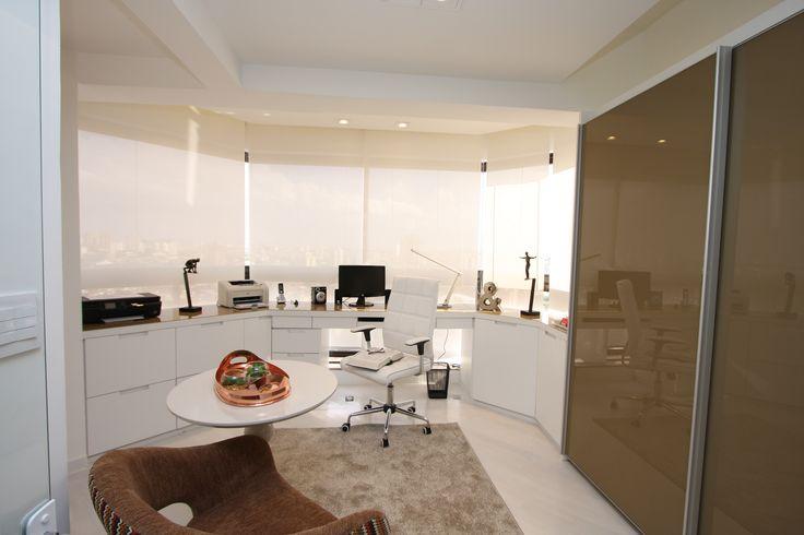 escritório em casa, home office, varanda, decoração, inspiração. Projeto de Arquiteta Cristiane Vassoler