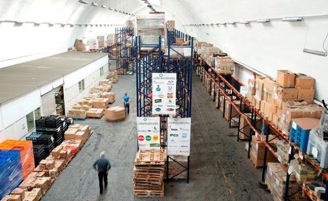 DANDO DE COMER LO QUE SOBRA: LA TACTICA DE LAS MULTINACIONALES PARA LA POBREZA   EN RED! ENCUENTRO NACIONAL DE BANCOS DE ALIMENTOS El pasado miércoles 30/11 y jueves 1/12 se llevó a cabo el Encuentro Nacional de Bancos de Alimentos organizado anualmente por la Red de Bancos de Alimentos (REDBdA) y contó con la participación de los 16 Bancos de Alimentos (BdA) y el BdA en formación de Santa Fe que forman la REDBdA. En un mundo en red no hay organizaciones grandes o chicas sino más o menos…