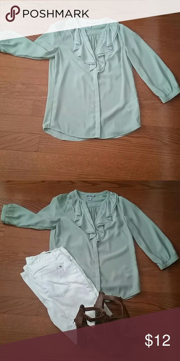 H&M mint green top Adorable mint green H&M blouse| Perfect for the office or out for drinks| Comes from a smoke free pet free home| Don't miss out! H&M Tops Blouses