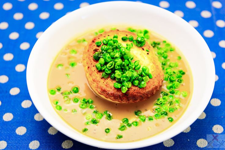 3 steps to a cheats pie floater using Herbert Adams pies, instant gravy, microwave mashed potatoes, and frozen peas.