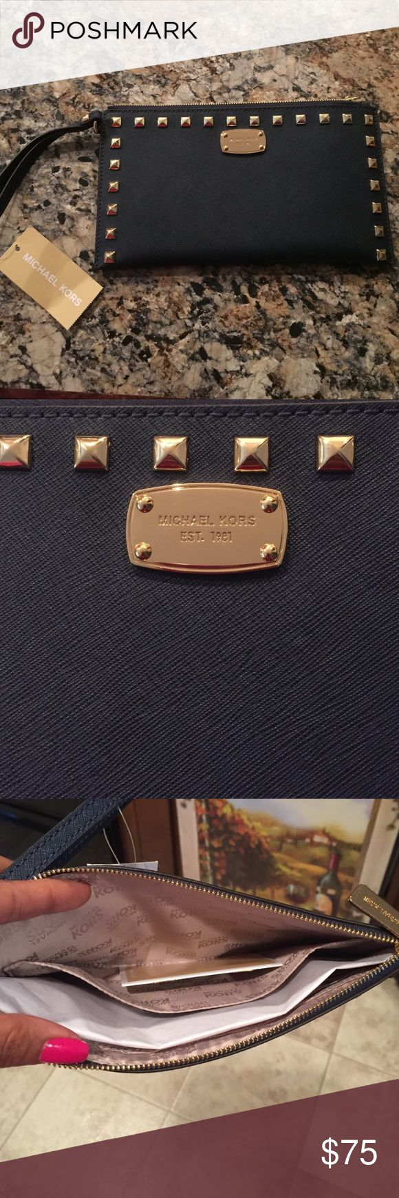 MICHAEL KORS NAVY CLUTCH BRAND NEW! Brand new Michael KORS Navy clutch New with tags never been used!  COLOR IS NAVY BLUE Michael Kors Bags Clutches & Wristlets