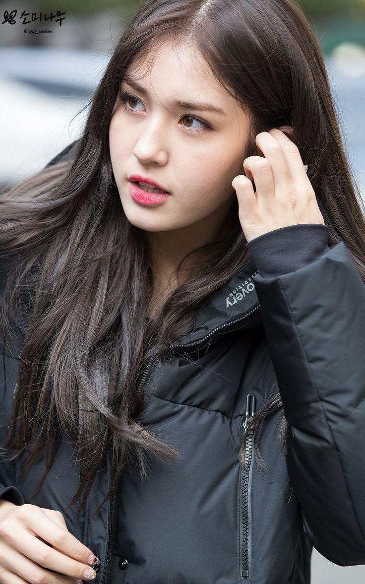 I.O.I Somi