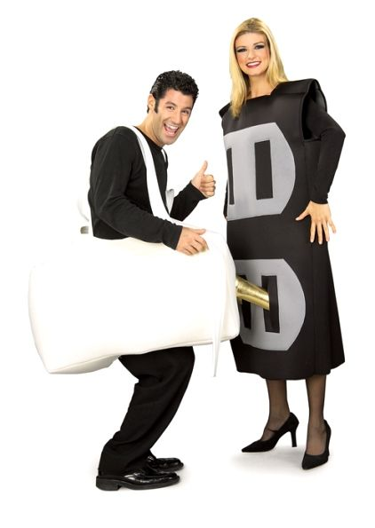 plug and socket couple costumes group halloween costumes couples halloween costumes and family halloween - Couple Halloween Costumes Scary