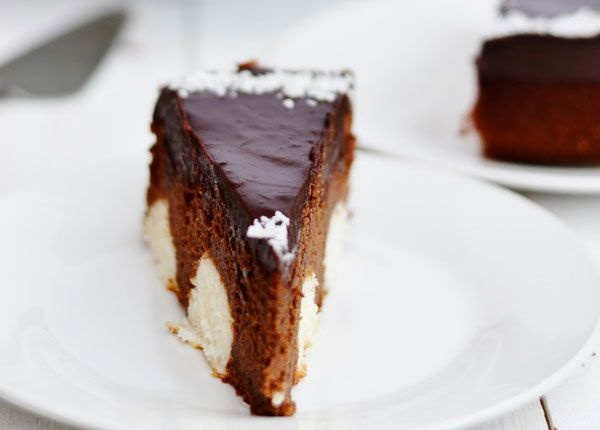 Čokoládová torta s kokosovo-tvarohovými guľkami 3