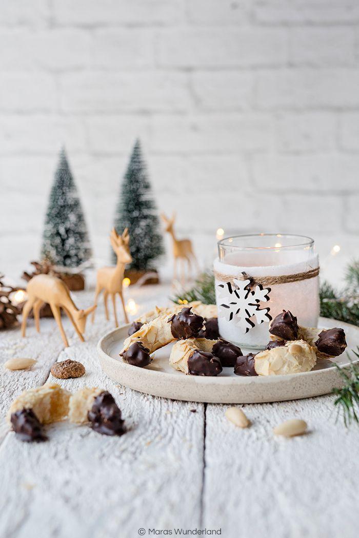 Glutenfreies Weihnachtsgebäck.Mandel Marzipan Kipferl