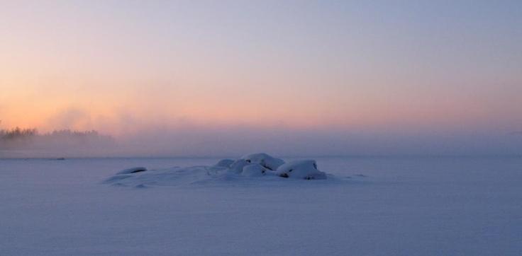 Winter morning at Saimaa, Lake Pihlajavesi.