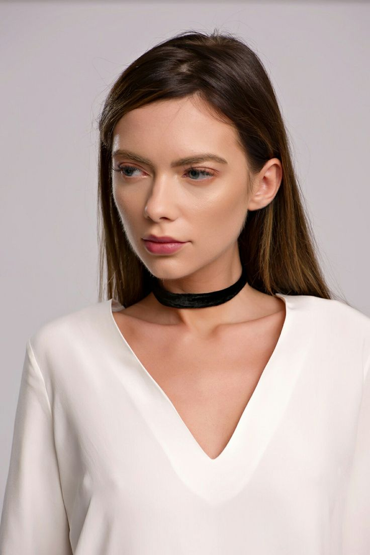 White silk blouse #Whitesilk #silkblouse #slitdress #slit #silk #dress