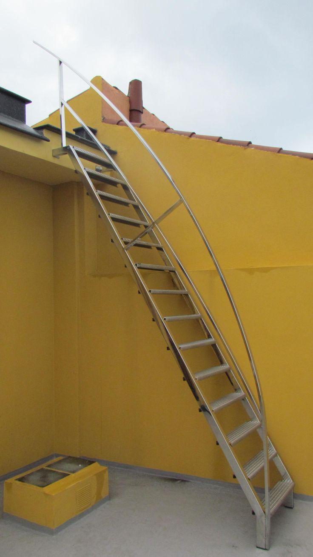 en escaleras metlicas las estructuras metlicas de las escaleras son ajustables y los peldaos