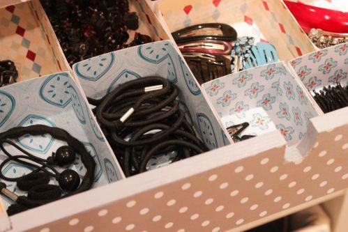 Ordnung mit Moppe - Kleine Schachteln, Körbe und Boxen verhelfen zu einem super Überblick und schaffen Ordnung. Man kann sie auch ganz einfach selbst basteln.