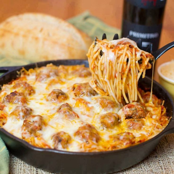 BAKED SPAGHETTI AND MEATBALLS  Spaghetti & Meatballs is a perfect family friendly meal. Baked Spaghetti & Meatballs is cooked in one pan, topped with lots of cheese, and baked until hot, …