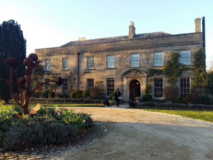 The pig hotel and restaurant near bath