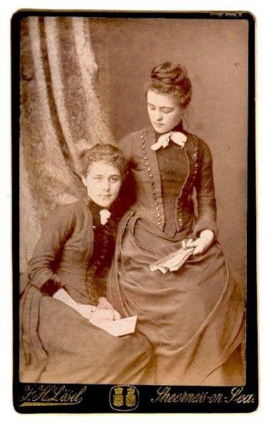 19 век... нет, уже не мода. Просто одежда. (Фото 30)