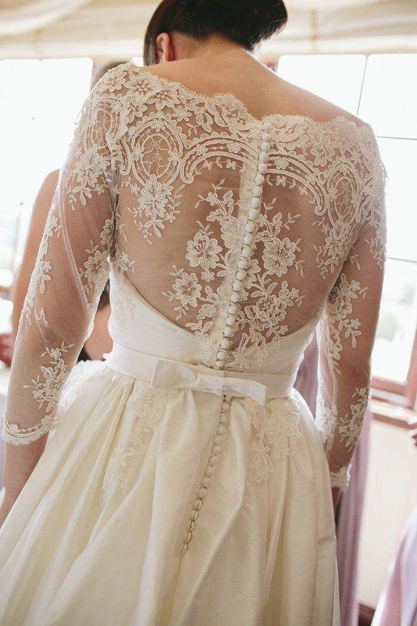 Vintage Long Sleeves Lace Wedding Dress
