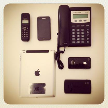 Quadretto di famiglia di tutte le nostre migliori tecnologie! #mobile #technology #phone #nexus #samsung #iphone #work #instagood #instamood #picoftheday