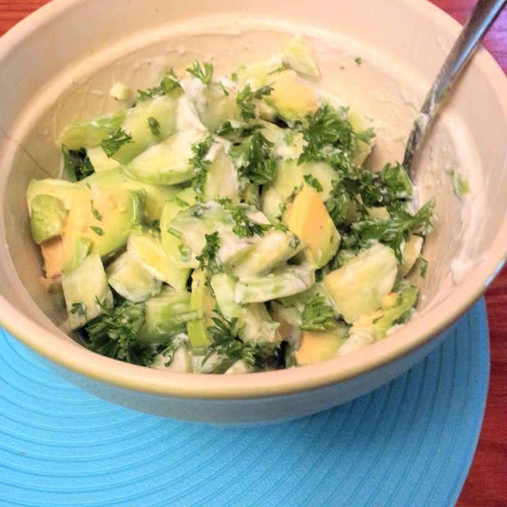 Cucumber, parsley, #avocado, yogurt, garlic. #ABCuisine #GlutenFree Concombre, #persil, avocat, #yogourt, ail. #santé