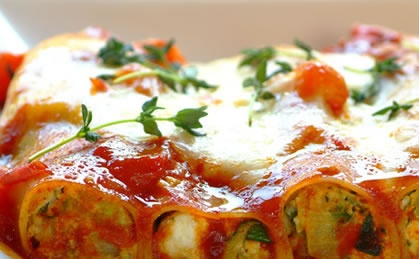 Courgette ricotta cannelloni recipe special occasion for Pumpkin cannelloni with sage brown butter sauce