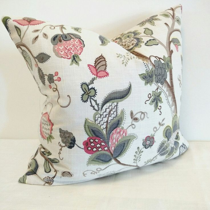 Jacobean pillow cover..Gray, off White and Pink....... Pretty!