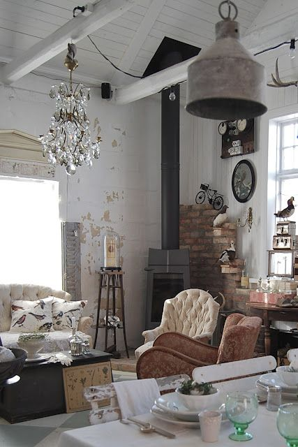 98 Best French Country And European Decor Images On Pinterest Family Room Family Rooms And