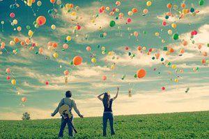 A felicidade é no amor um estado anormal.