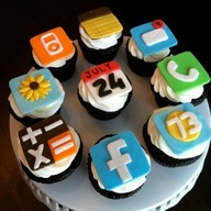 lol: Cupcakes Iphone, Cupcakes Fondant Toppers, Birthday Fondant Cupcakes, App Cupcakes, Cupcakes Toppers, Food, Iphone Cupcakes, Cups Cakes, Cupcakes Rosa-Choqu