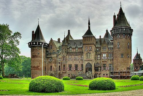De Haar Castle (Kasteel de Haar)  Located in the Netherlands,