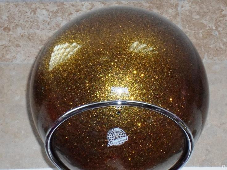 Мяч для художественной гимнастики 18,5см SASAKI «ЗОЛОТО на чёрном». Гимнастический мяч диаметром 18,5 смчёрный с золотыми блёсткамиSASAKI