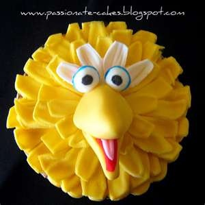 Big Bird cake or cupcake
