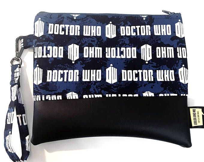 Clutch bag wristlet, Dr Who Fabric, Doctor Who, Whovian gifts, Doctor Who Gifts, Dr Who tardis, Dr Who gifts, Doctor Who theme, Geeky gift