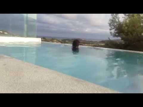Water massage - YouTube