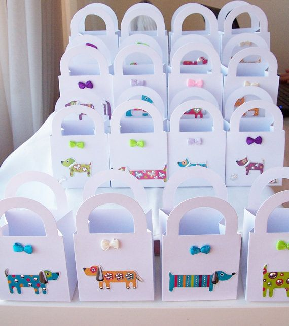 16 Doggie themed party favour boxes by SparkleandComfort, $20.00