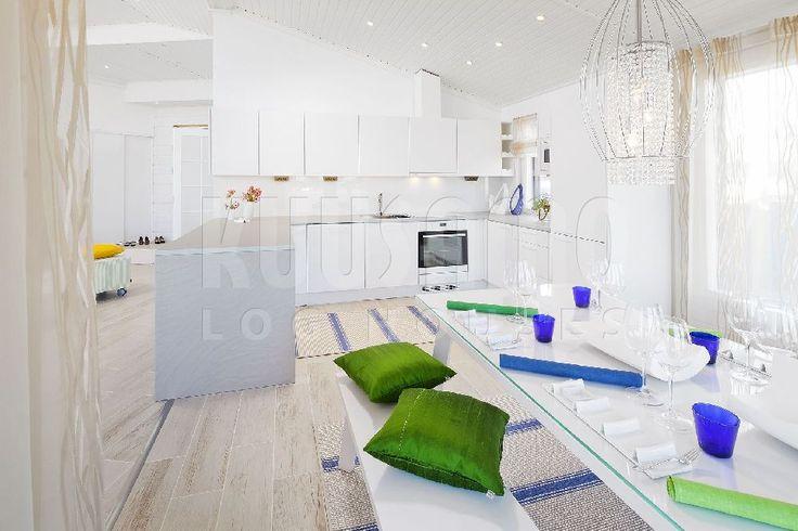 #cocina #casa de #madera Kuusamo Log Houses #interiorismo #diseño