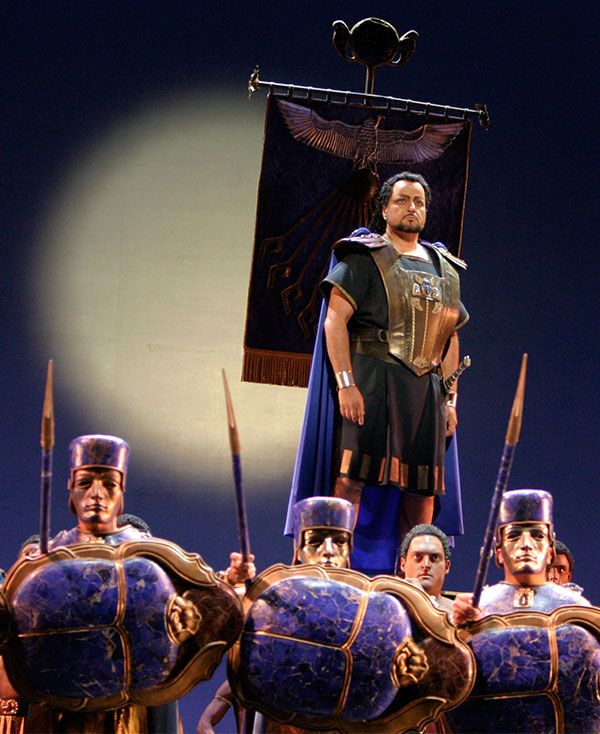 Franco Farina as Radames in AIDA (2005)