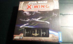 In X-Wing ci ritroveremo ai comandi di una squadriglia di astrocaccia ribelli o imperiali, intenti ad eliminare qualsiasi cosa che si muova nel raggio di dodici parsec. www.balenaludens.it/2014/star-wars-x-wing/