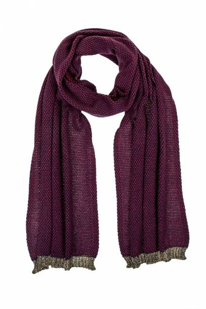 Light-weight scarf