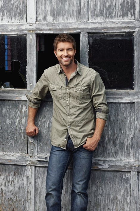 Josh Turner, southern perfection. He puts on a GREAT concert! Whew....whatta voice!