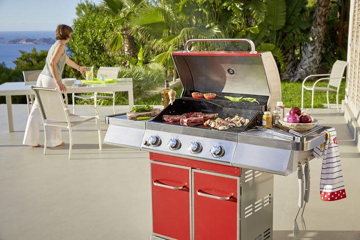 Barbecue rouge à gaz avec 4 bruleurs inox à régalge indépendant - Grille de cuisson et plancha en fonte émaillée - Collection 2016