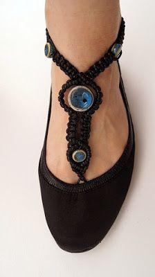 LINART: Bransoletki na stopę.