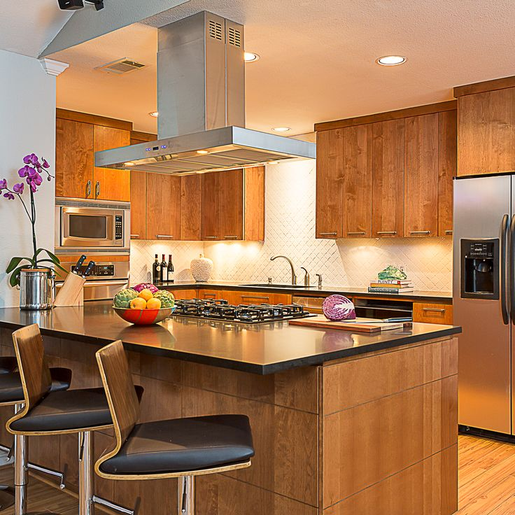 Warm, modern kitchen by Austin interior design firm Wheelhouse Design.