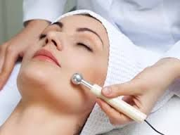 Chemical Peels Vs Microdermabrasion: What is the Difference?