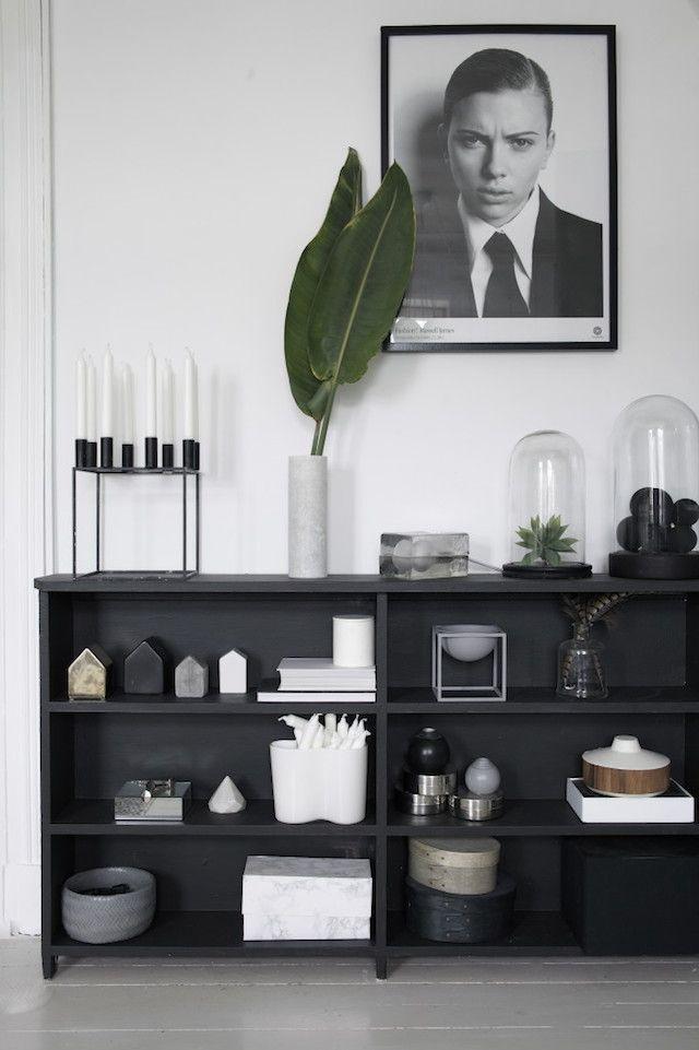 T.D.C | Black painted shelves by Designlykke