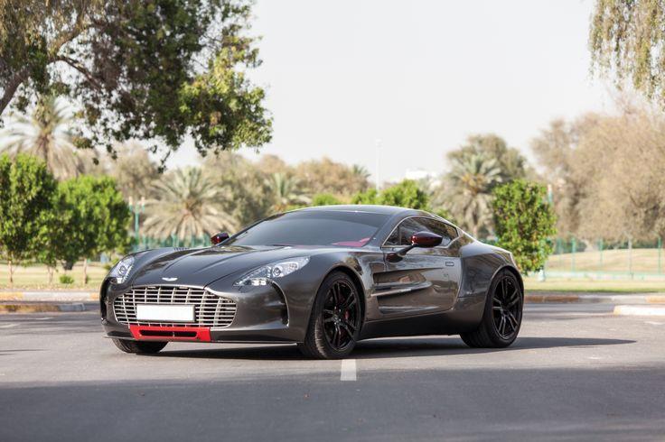 Q by Aston Martin One-77 '2012