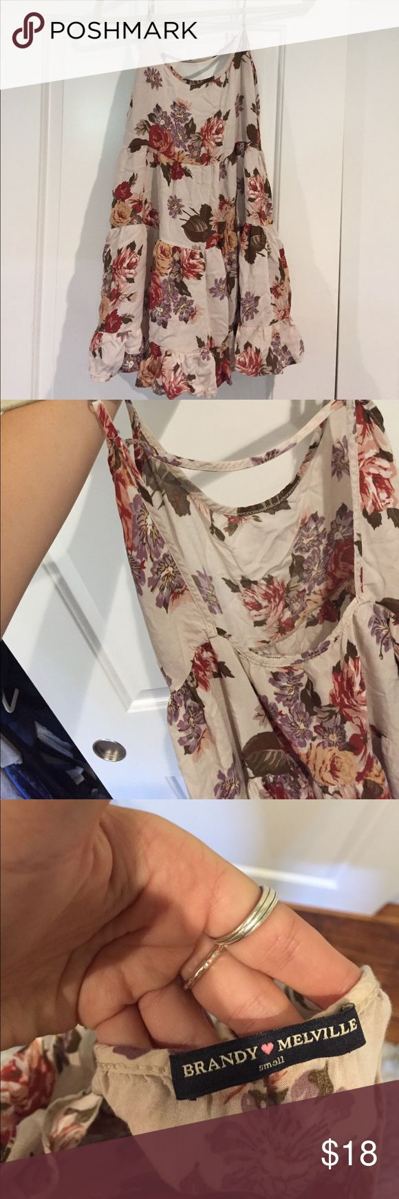 Brandy Melville flowery dress! Super light and perfect for summer! Creme background with earth-time flowers. Brandy Melville Dresses