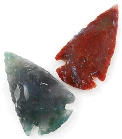 Small Stone Arrowhead Fashioned of stone, this is a small arrowhead resembling those that have been used for centuries by all peoples who live close to the earth. One of the original tools for hunting, the stone arrowhead is a powerful symbol of the hunter. Tie it to your favorite cord or chain or use it in a charm bag or similar such magical practice as a representation of the hunter, to help you find your way.