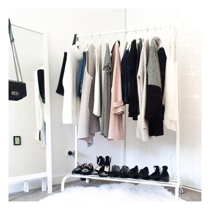 The tiny capsule wardrobe