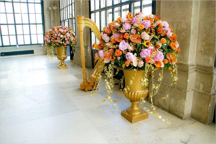 pastel gold bouquets