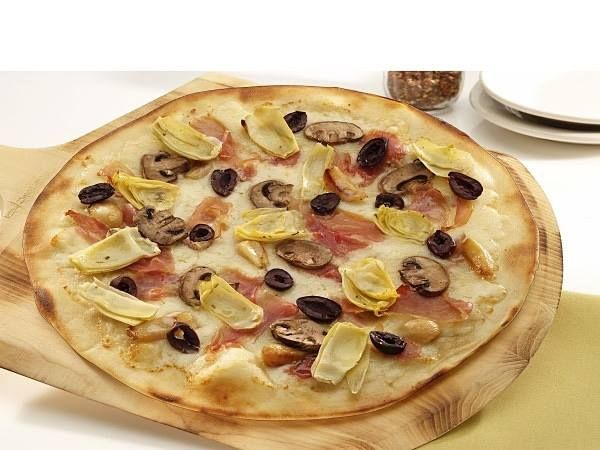 RUSTICA Pizza - prosciutto mozzarella mushrooms artichoke hearts kalamata olives and roasted garlic. That sound delicious... One of the Posters favorites... #BrixxWoodFiredPizzaJax YUM!!! Vist Brixx Wood Fired Pizza at 220 Riverside Ave. Jacksonville FL