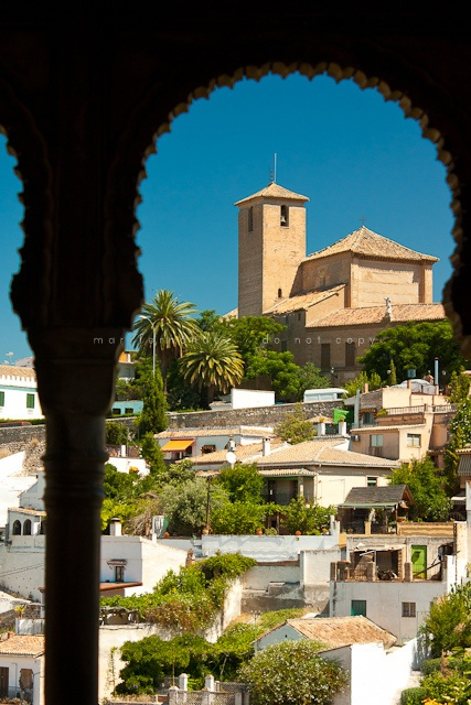 Granada, Andalucia, Spain. (by Mar Fernàndez)  http://www.costatropicalevents.com/en/costa-tropical-events/andalusia/cities/granada.html