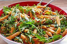 Eckis italienischer Nudelsalat mit Pesto, ein sehr schönes Rezept aus der Kategorie Studentenküche. Bewertungen: 288. Durchschnitt: Ø 4,7.