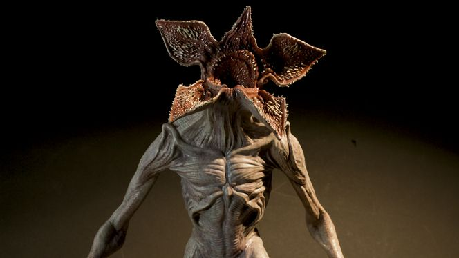 A behind-the-scenes look at the design of Season 1's Demogorgon and how the up-and-coming visual effects company behind the monster structures their process.